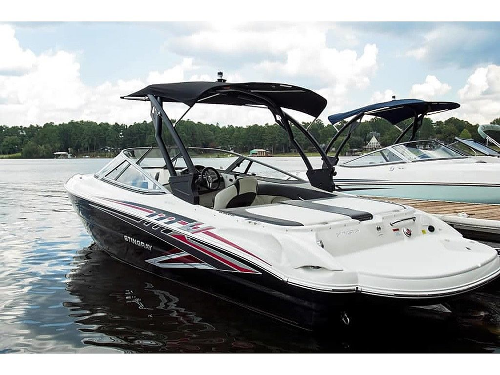 Stingray 225LR SPORT BOAT2019 for sale call for a price